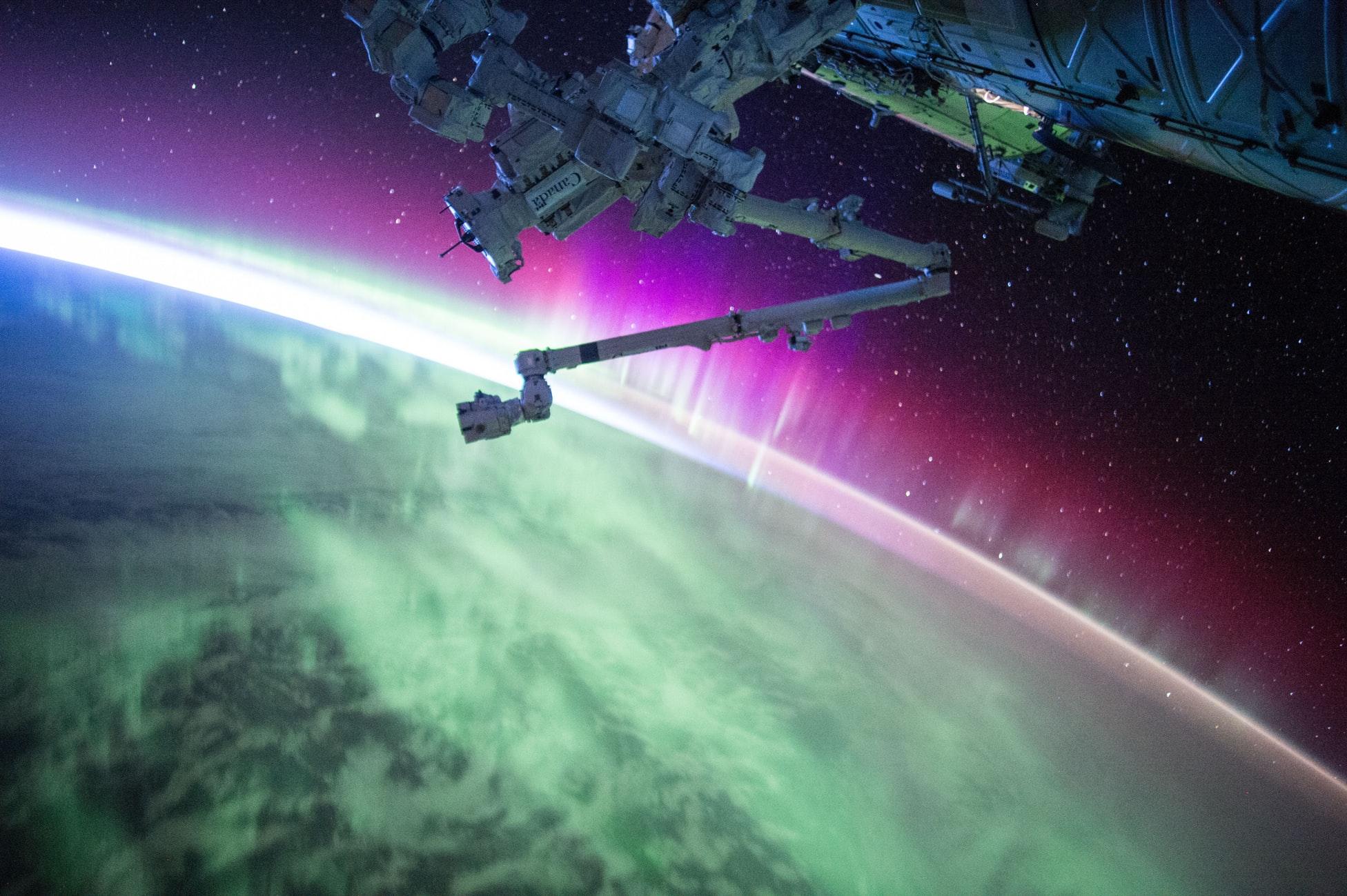Як штучний інтелект допомагає людству у дослідженні космосу?